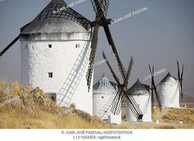 Wind mills, Consuegra, Toledo province, Castilla la Mancha, Spain