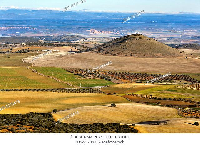 Bañuelos hill from Noez peak. Toledo. Castilla la Mancha. Spain. Europe