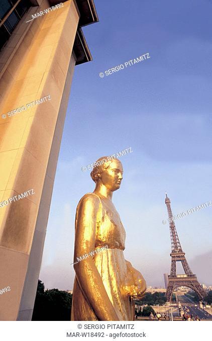 france, paris, palais de chaillot, tour eiffel