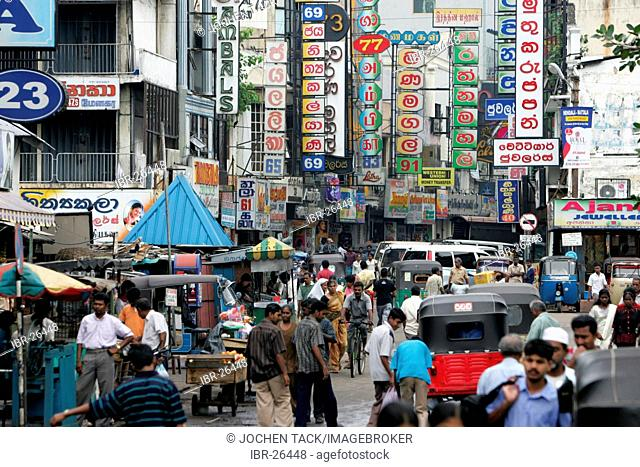 LKA, Sri Lanka : Capital Colombo. City Center, local shopping area, markets, in the Pettah district