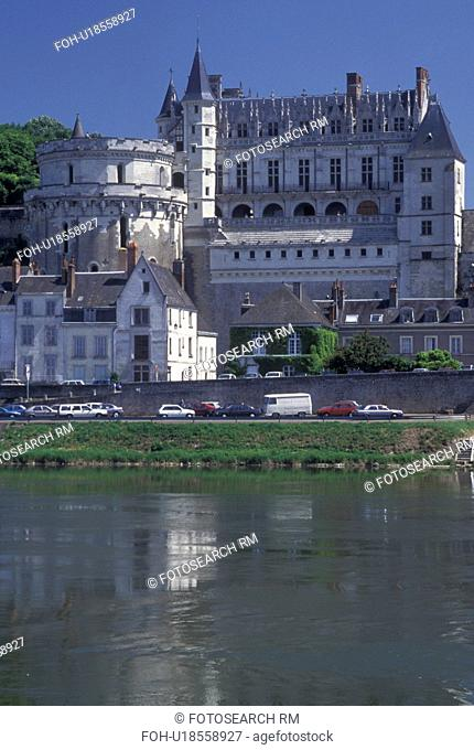 France, castle, Loire Valley, Amboise, Loire Castle Region, Indre-et-Loire, Europe, 15th century Chateau Amboise along the Loire River in the city of Amboise