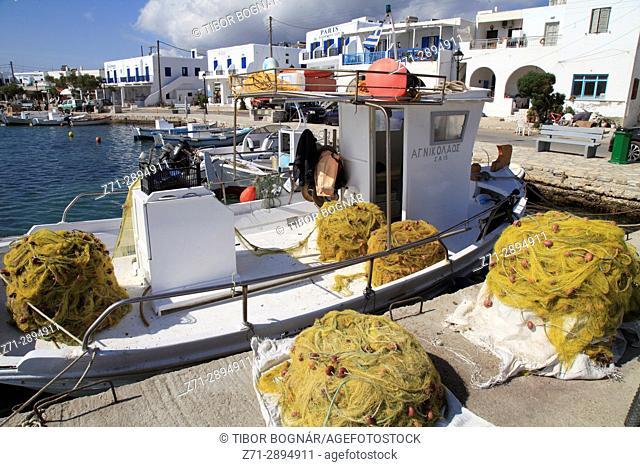 Greece, Cyclades, Antiparos, harbour, fishing boat, fishing nets,