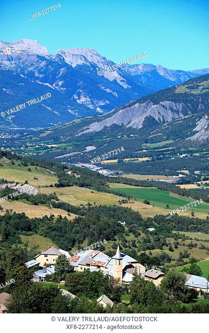 Landscape above the Vallée de L'Ubaye, in the Alpes de Haute Provence, Mercantour national park, Provence-Alpes-Côte d'Azur, France