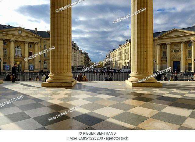 France, Paris, the Corinthian columns of the pediment of the Pantheon facing the Soufflot street, the town hall of the fifth arrondissement on the left and the...