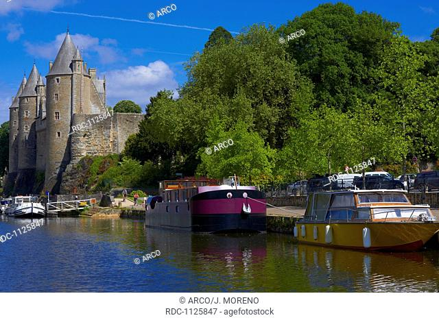 Josselin, Brittany, Josselin Castle, Morbihan, Canal between Nantes and Brest, Pontivy district, France