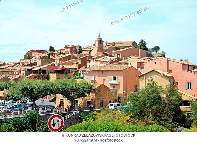View on Roussillon town, Vaucluse department, Provence region in France