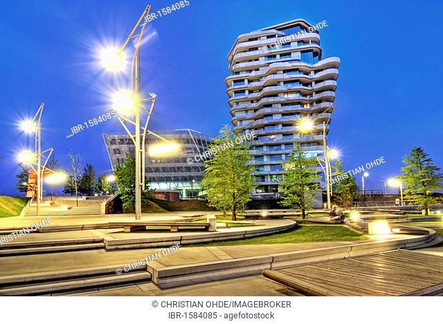 Marco-Polo-Tower, residential highrise at Strandkai, Hafencity quarter, Hamburg, Germany, Europe