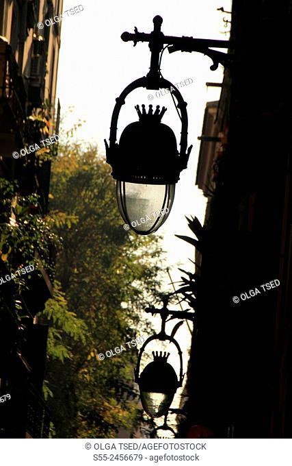 Streetlights in the Gothic quarter, Barcelona, Catalonia, Spain