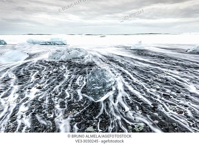 Iceberg beach near Jökulsárlón Glacier Lagoon, (region of Austurland, Iceland)