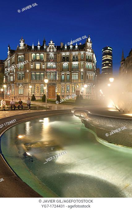 Moyua square, Bilbao, Bizkaia, Basque Country, Spain