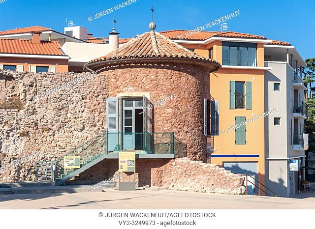 Historic city wall at Place Clemenceau, Frejus, Var, Provence-Alpes-Cote d`Azur, France, Europe