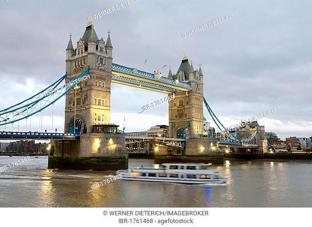 Tower Bridge at twilight, excursion boat, River Thames, London, England, United Kingdom, Europe