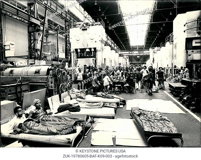 Jun. 05, 1978 - Workers in Renault Factories Strike Occupy Factory Floor (Credit Image: © Keystone Press Agency/Keystone USA via ZUMAPRESS.com)