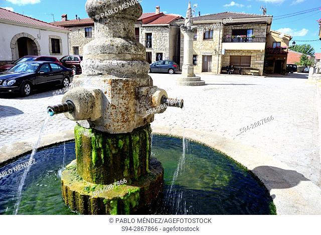 Fountain in the Main square of Galve de Sorbe, Guadalajara, Spain