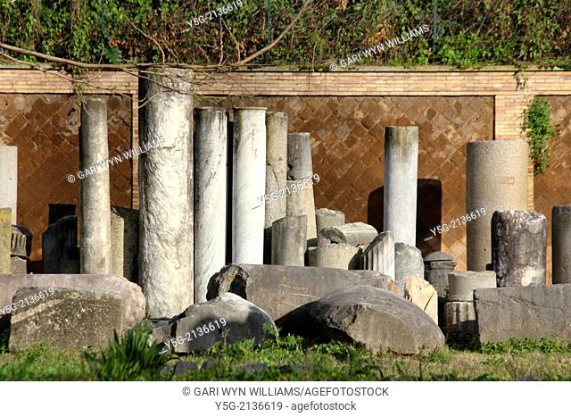ancient roman relics in rome italy