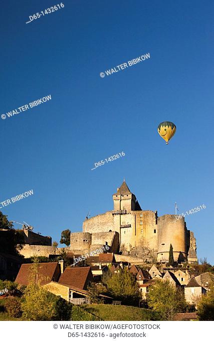 France, Aquitaine Region, Dordogne Department, Castelnaud-la-Chapelle, Chateau de Castelnaud, 13th century, with hot-air balloon