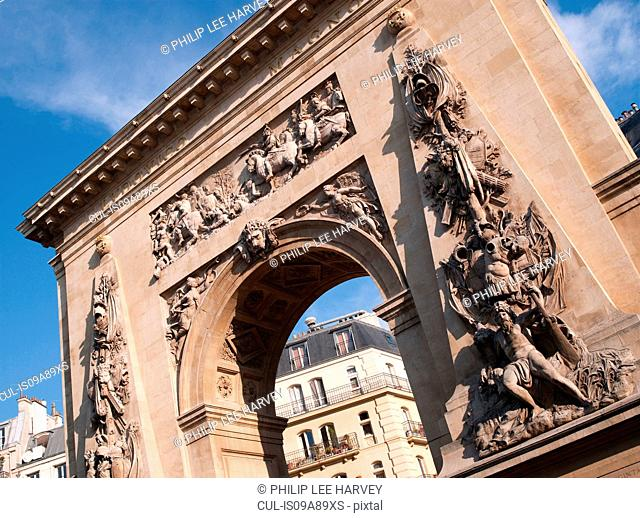 Porte Saint-Denis, Boulevard Saint Martin, Paris, France