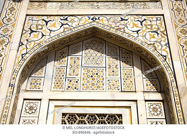 Patterned wall at the Itimad-ud-Daulah mausoleum, also known as the Baby Taj, Agra, Uttar Pradesh, India