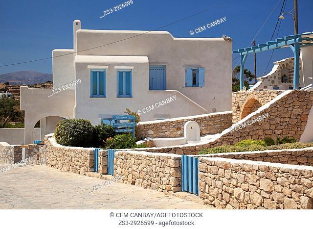 Typical whitewashed Cyclades house with blue windows and doors in the old town Chora, Koufonissi island, Cyclades Islands, Greek Islands, Greece, Europe