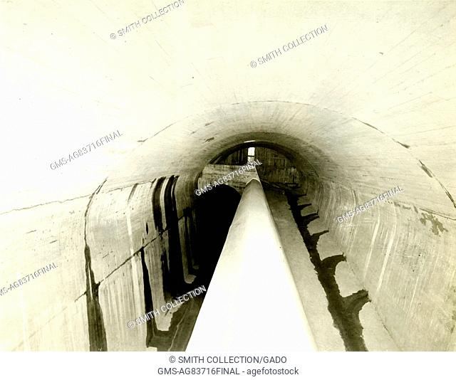 The screen chamber of the Catskill Aqueduct Headworks, looking towards the lower gate-chamber, during construction of the Catskill Aqueduct, New York