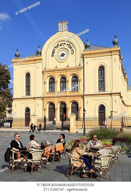 Hungary, Pécs, Kossuth tér, synagogue, cafe, people