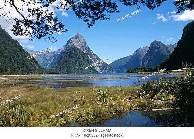 Mitre Peak, Milford Sound, Fiordland National Park, Otago, South Island, New Zealand, Pacific