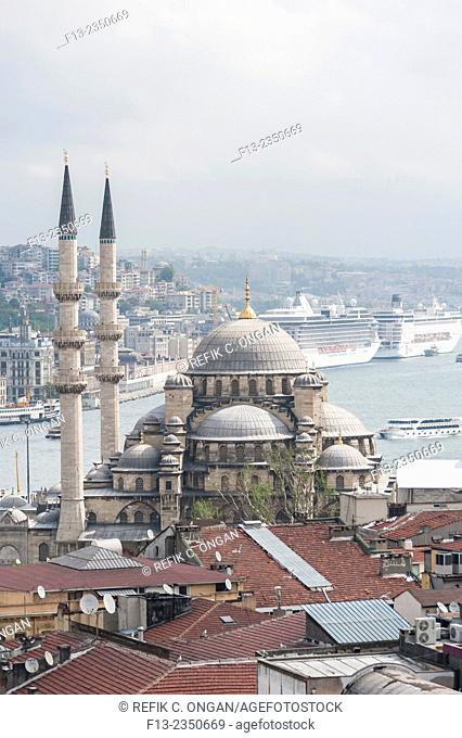 new mosque and Istanbul in Eminonu district
