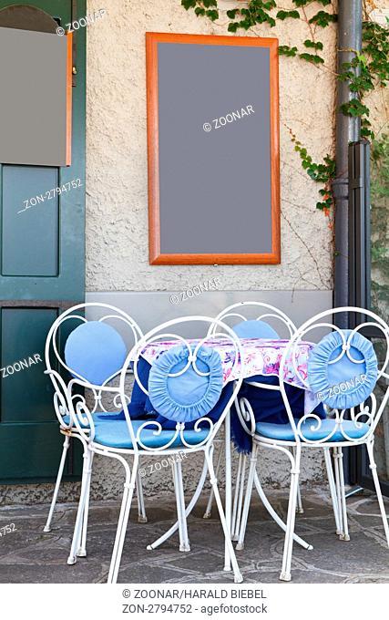 Italienisches Restaurant mit Getränketafel, Italien