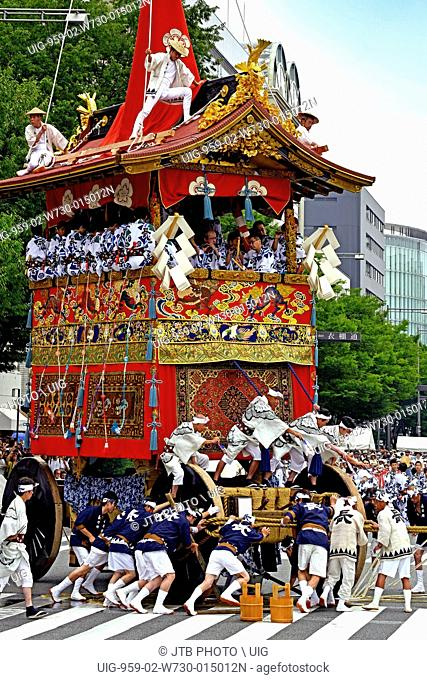 Japan, Kinki Region, Kyoto Prefecture, Kyoto, Giant parade float in Gion Matsuri
