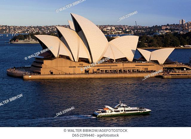 Australia, New South Wales, NSW, Sydney, Circular Quay, Sydney Opera House, elevated view, dusk