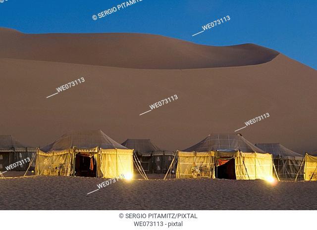 Tourist camp, Erg Awbari, Sahara desert, Fezzan, Libya