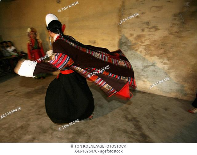 Traditional tibetan dances Their folklore and traditional dresses are wide practised among tibetan refugees in Nepal