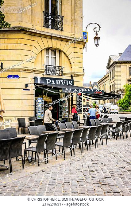 French Cafe Le Parvis on Rue Rockefeller in Reims