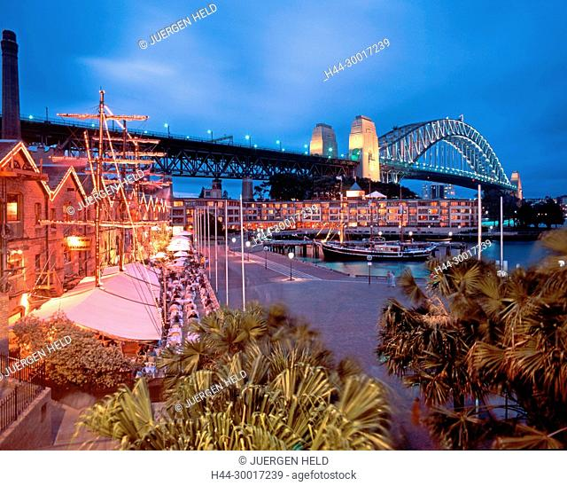 Austalia, sydney, harbor bridge at night, restaurants