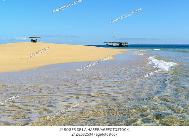 Sand bar and dhow. Ibo Island. Mozambique