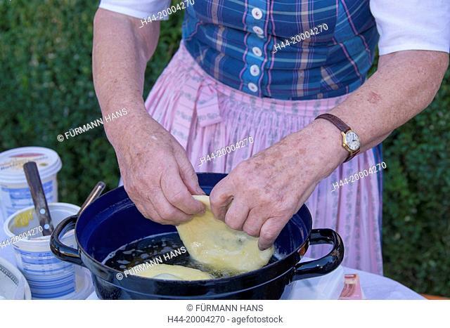 bavarian fritter, pastry, cake