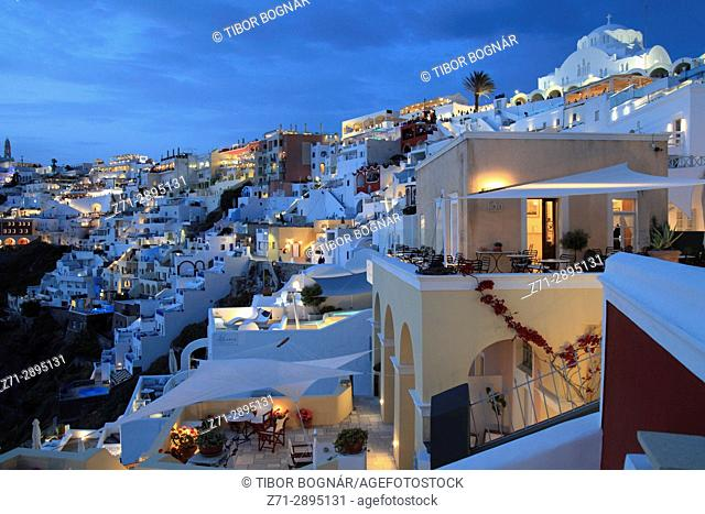 Greece, Cyclades, Santorini, Fira, skyline, general view