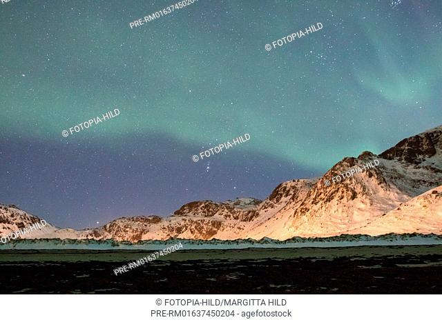 Aurora borealis at Yttersand, Moskenesøya, Lofoten, Nordland, Norway, March 2017 / Aurora borealis in Yttersand, Moskenesøya, Lofoten, Nordland, Norwegen