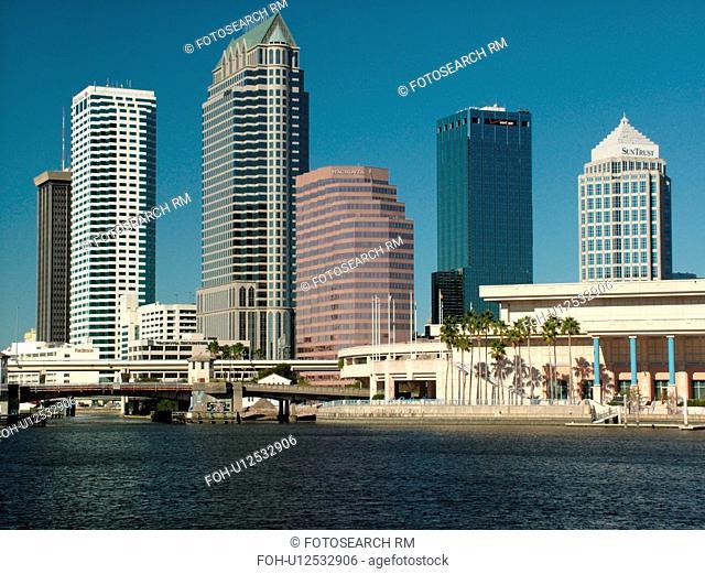 Tampa, FL, Florida, Tampa Bay, Garrison Channel, downtown skyline