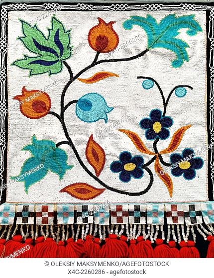 Aboriginal beadwork native Indian floral pattern bead art