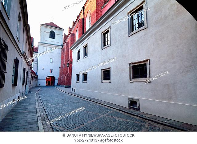 Side facade of St John's Archcathedral and Dziekania street seen from Kanonia street, Archikatedra Sw. Jana, Warsaw's Old Town - UNESCO World Heritage List