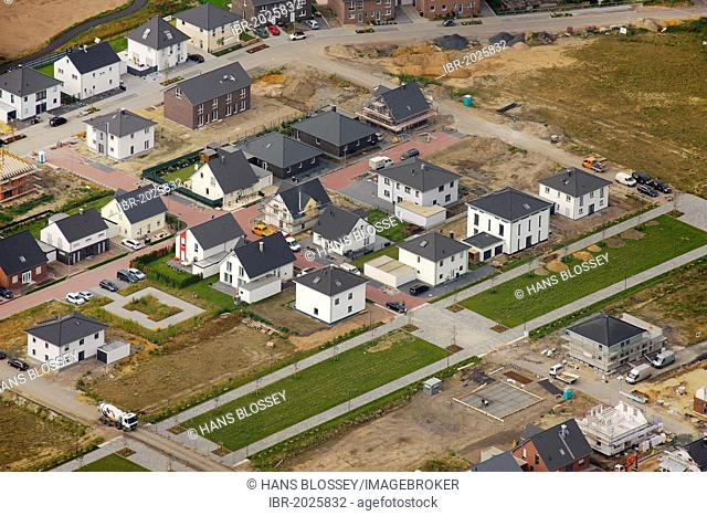 Aerial view, single-family homes, Maybacher Heide, the former Preston Barracks site, Recklinghausen, Ruhr area, North Rhine-Westphalia, Germany, Europe