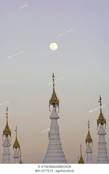 Sandamuni Pagoda at sunset, Mandalay, Myanmar, Burma, Southeast Asia