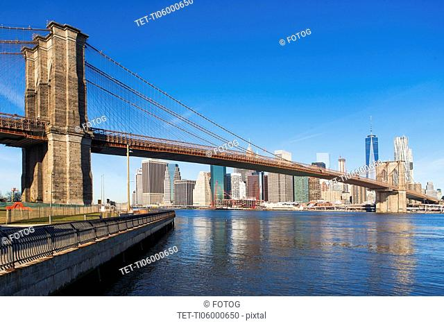 USA, New York State, New York City, Manhattan, City panorama with Brooklyn Bridge