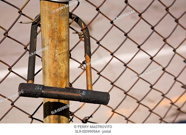 D lock and wire mesh fence