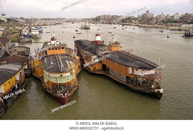 Buriganga is one of the important river junctions in Bangladesh Many passenger boats leave Shadarghat for Chandpur every day