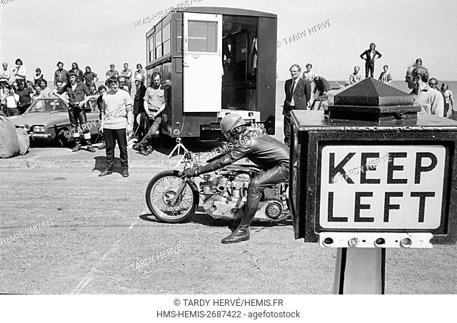 United Kingdom, Isle of Man, TT-1973, Tourist Trophy, Ramsey, Streetfighter Challenge, turning the avenue along the sea into a dragsters trail is all British