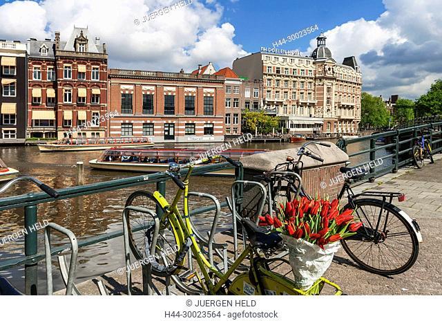 Amsterdam bicycle with tulips Zuiderkerk