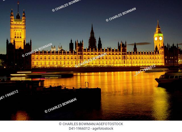 UK, england, London, Houses of Parliament dusk