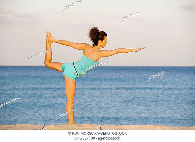 Exercise, yoga, caucasian-hispanic, age 30 to 40